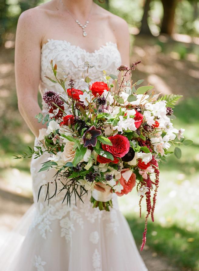 20-red-bridal-bouquet.jpg