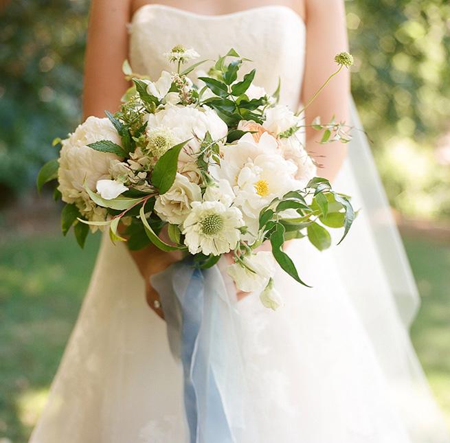 5-white-bouquet.jpg