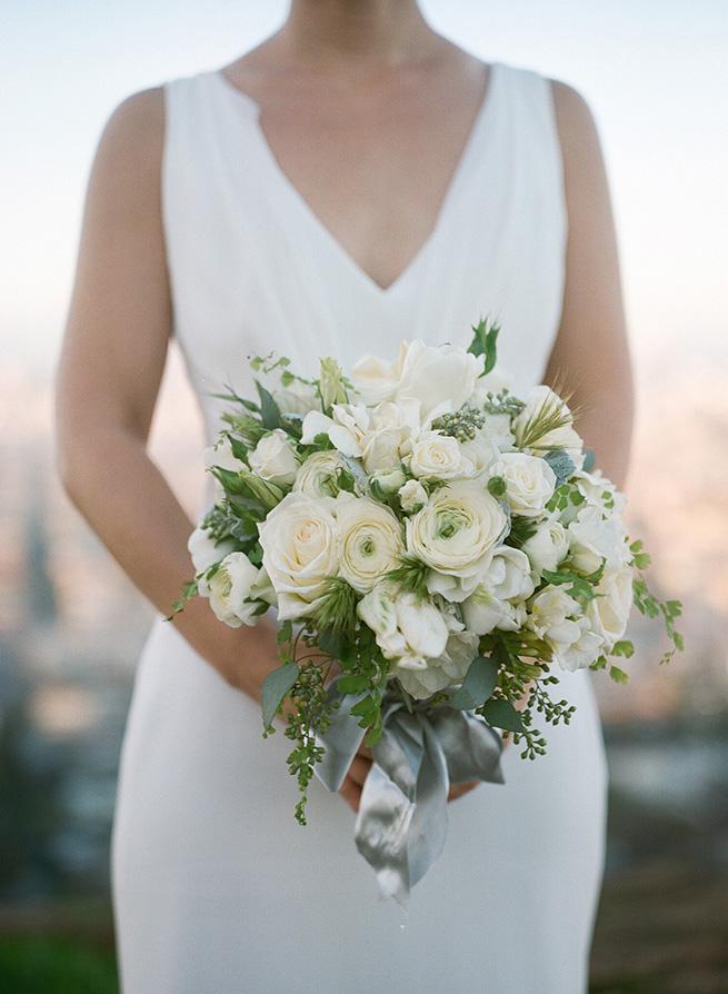7-classic-white-bouquet.JPG