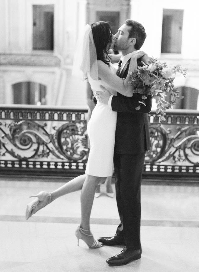 San-Francisc-City-Hall-Wedding-07.jpg