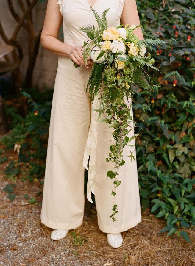 14-cascading-bouquet.jpg