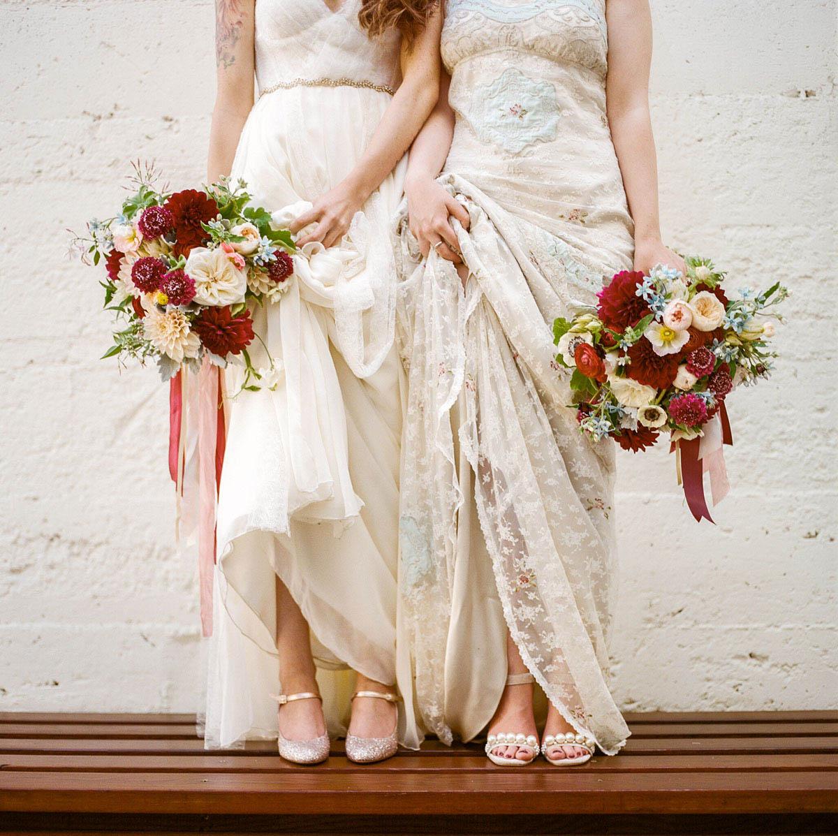 7-lesbian-wedding-bold-bouquet.jpg