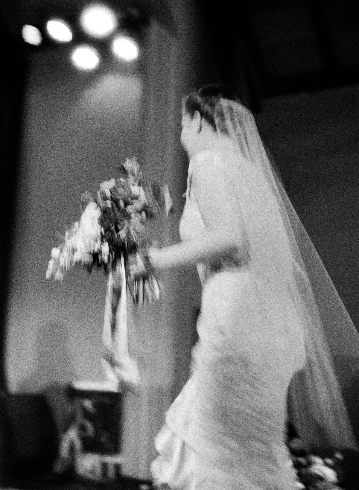 15-bride-walking-stage.jpg