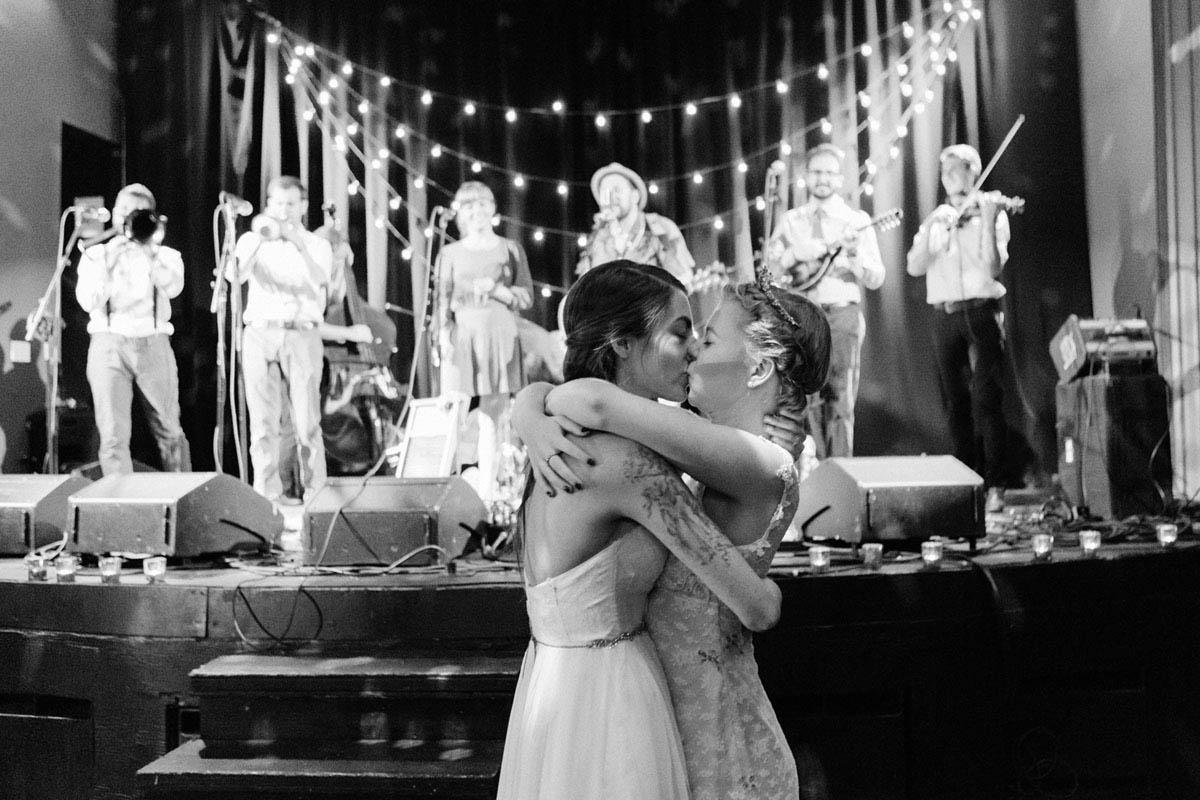 30-lesbian-wedding-first-dance.jpg