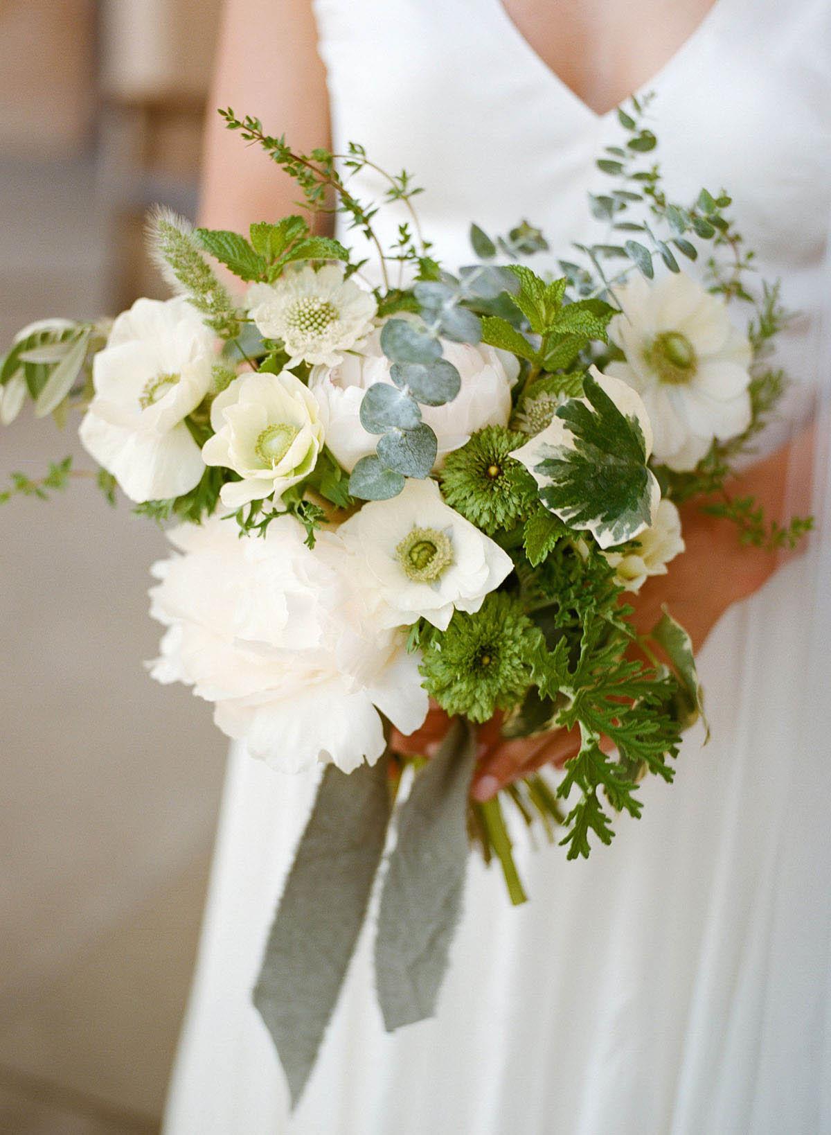 3-green-white-bouquet.jpg