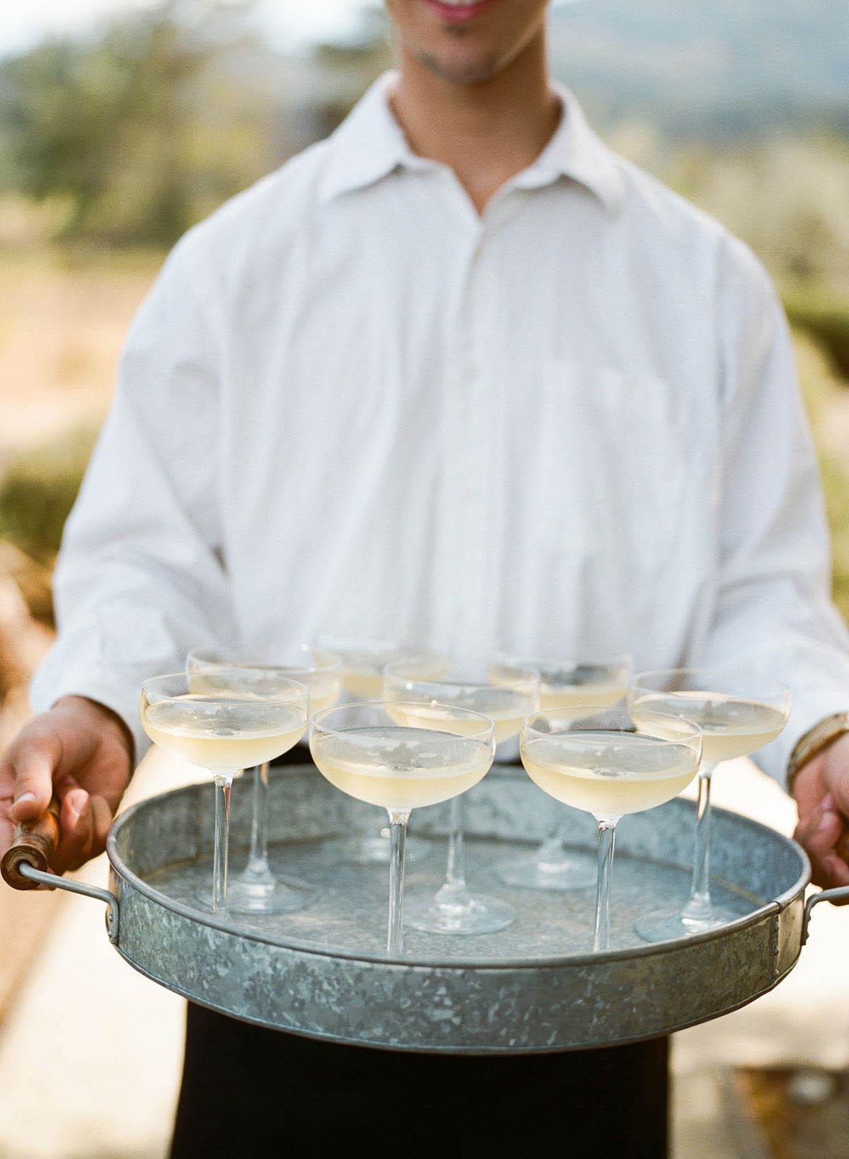 9-waiter-cocktail.jpg