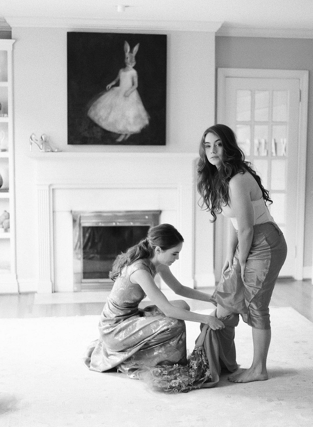 6-bride-getting-ready.jpg