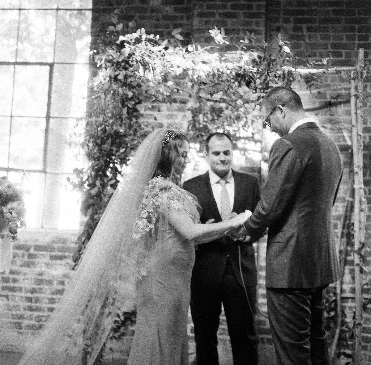 15-hasselblad-500cm-wedding.jpg