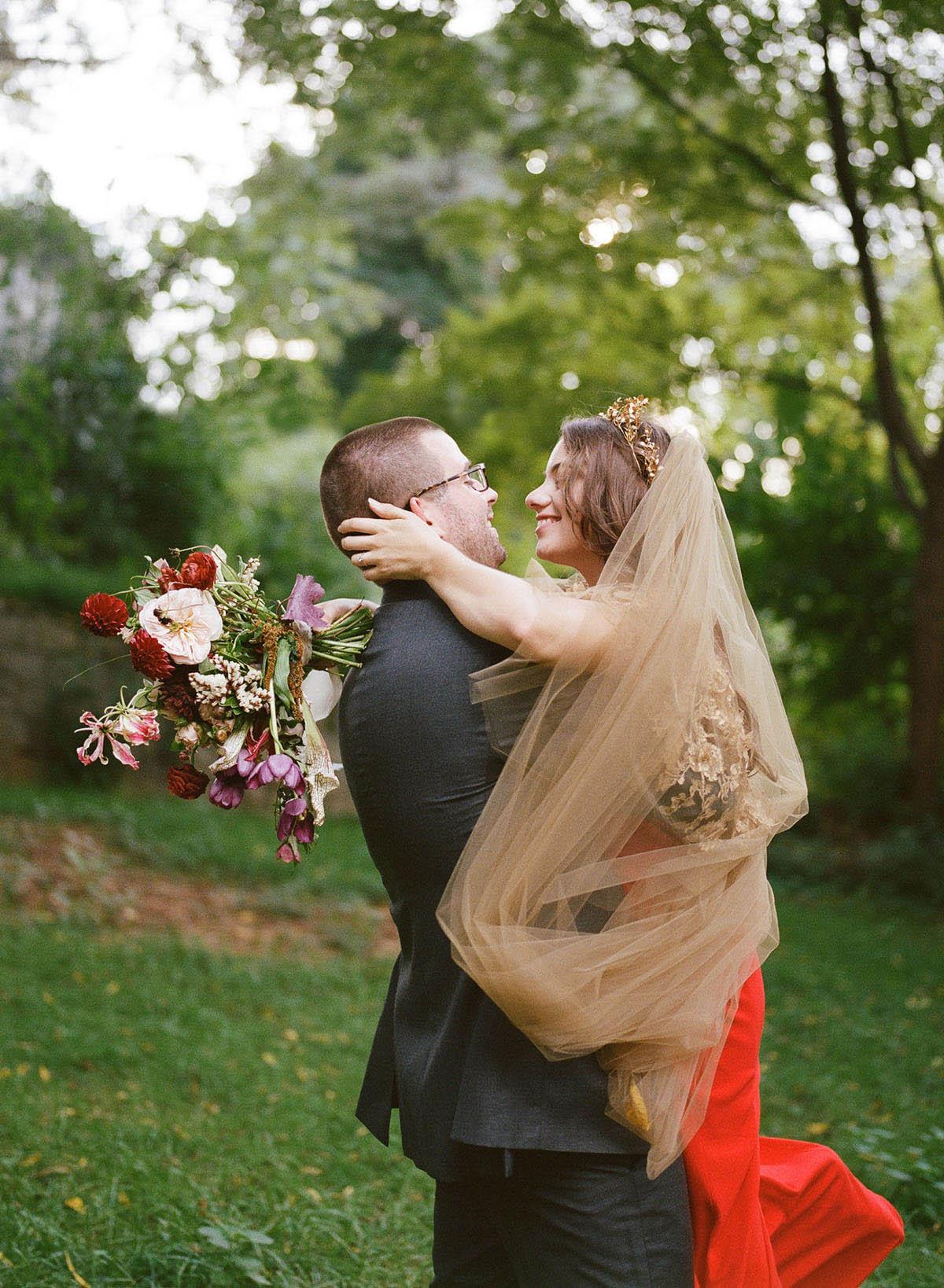 26-bold-bride-red-wedding-dress.jpg