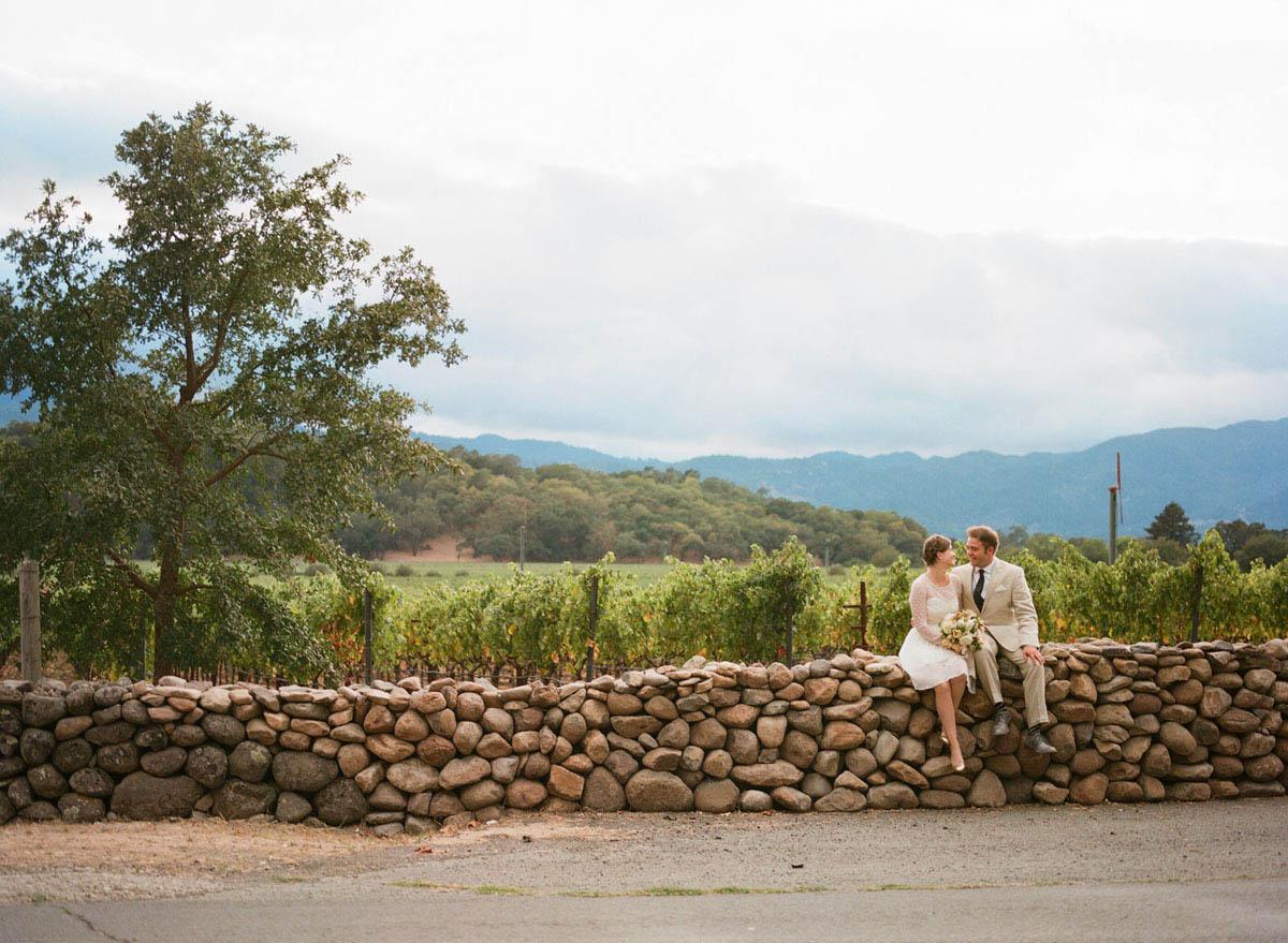 10-bride-groom-stone-wall.jpg
