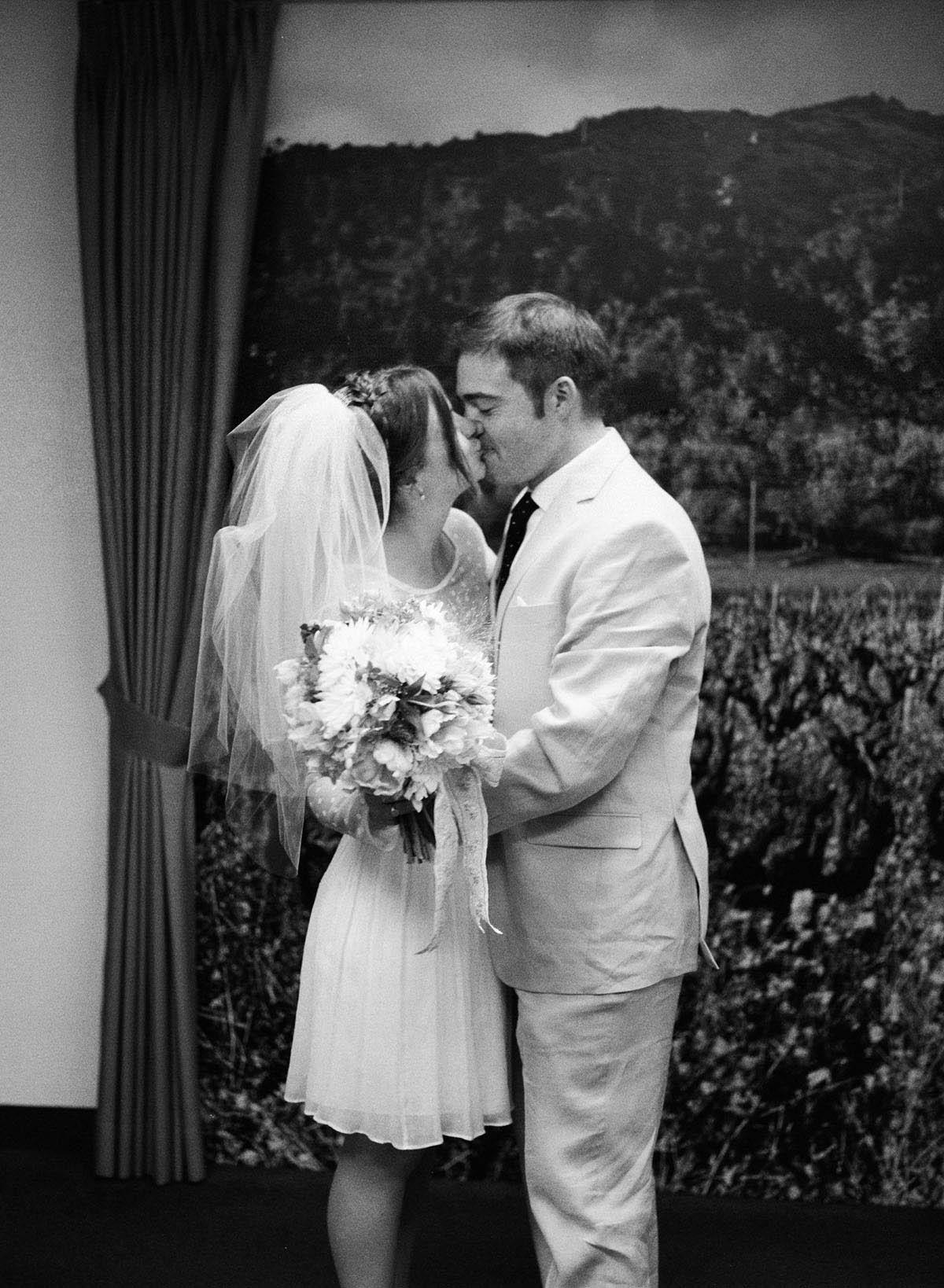 33-napa-courthouse-wedding.jpg