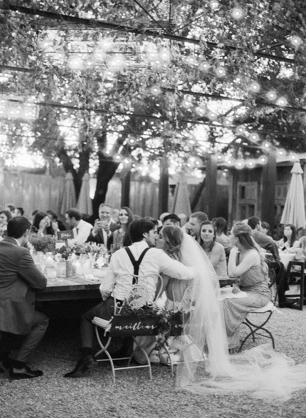 38-bride-veil-dinner.jpg