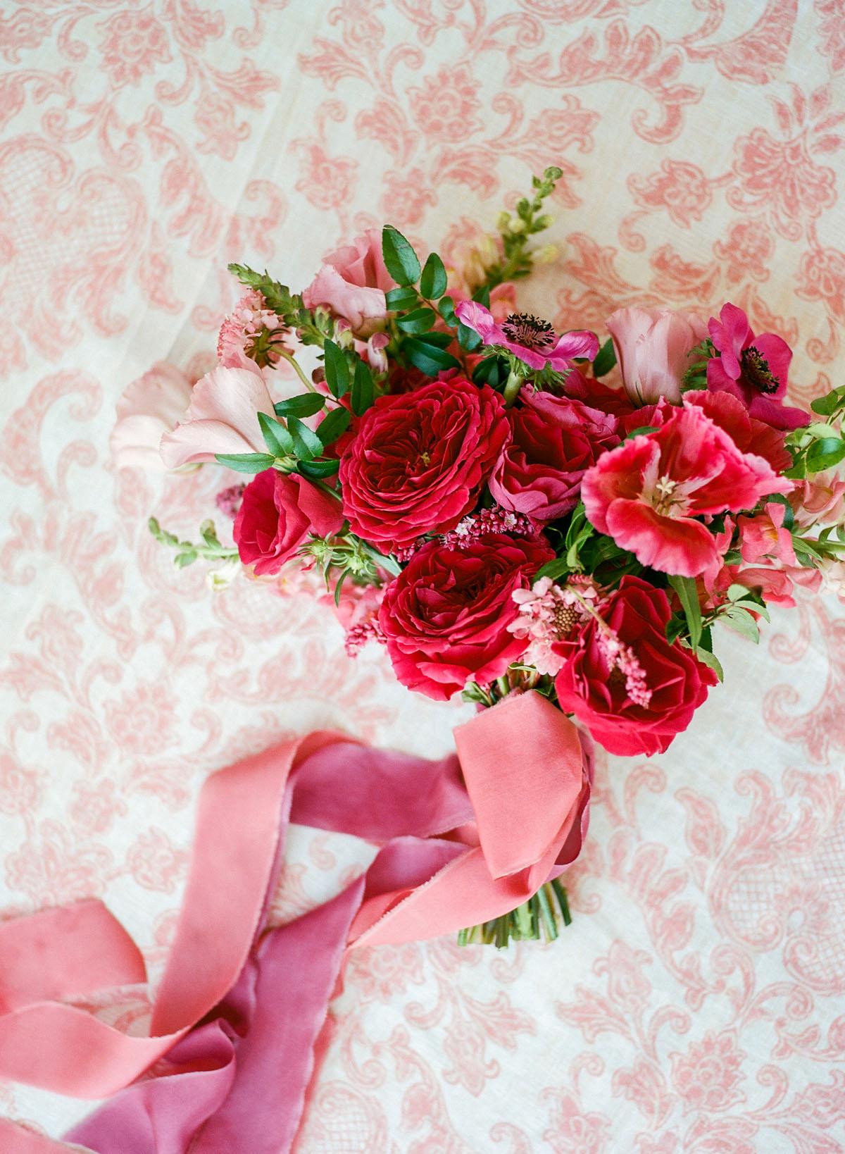 2-pink-bouquet-hawaii.jpg