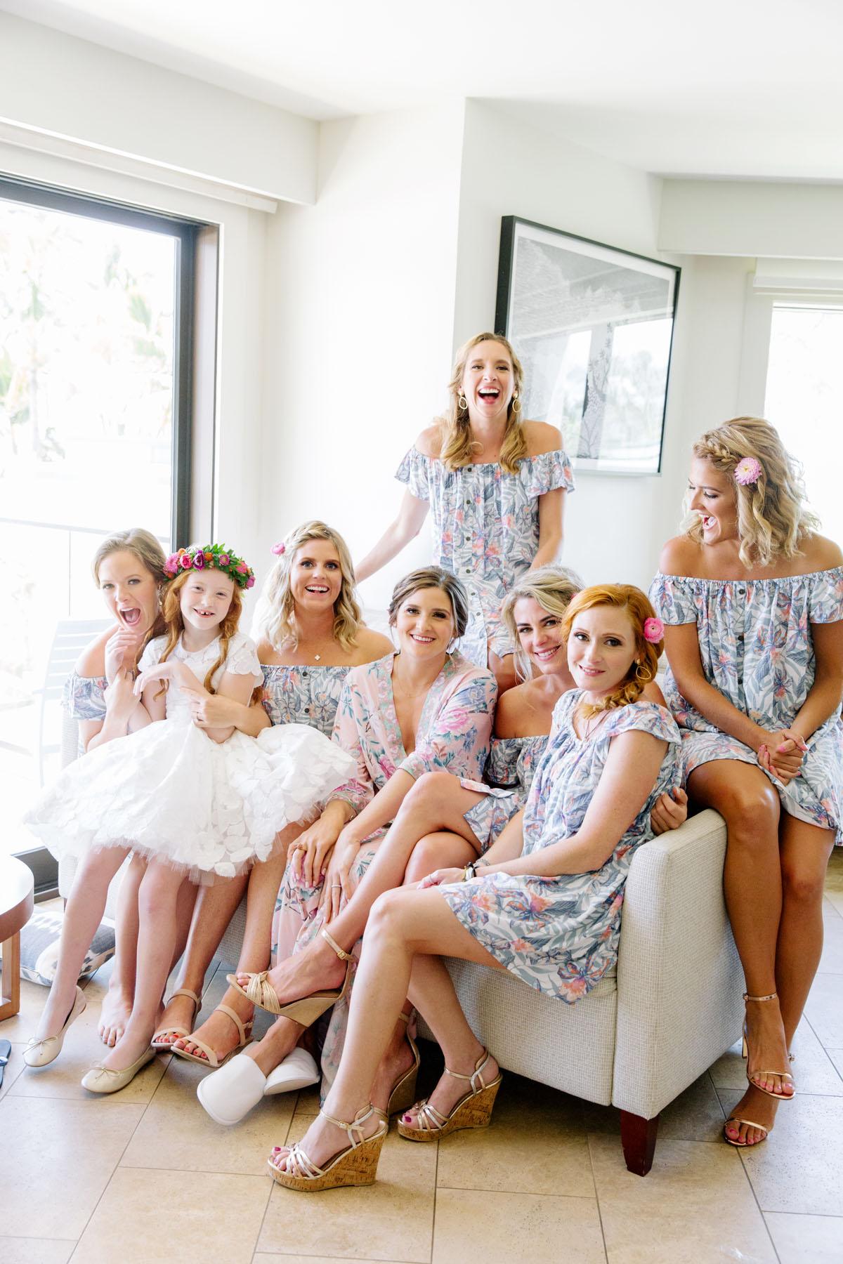 4-bridal-party-robes.jpg