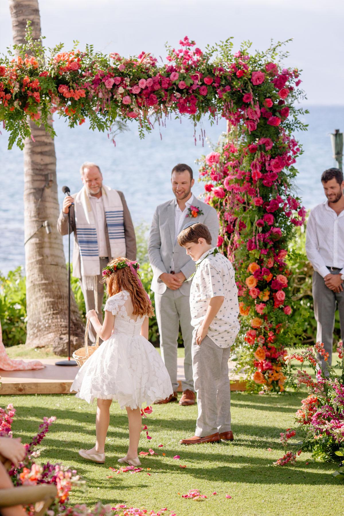 20-pink-huppah-maui-wedding.jpg