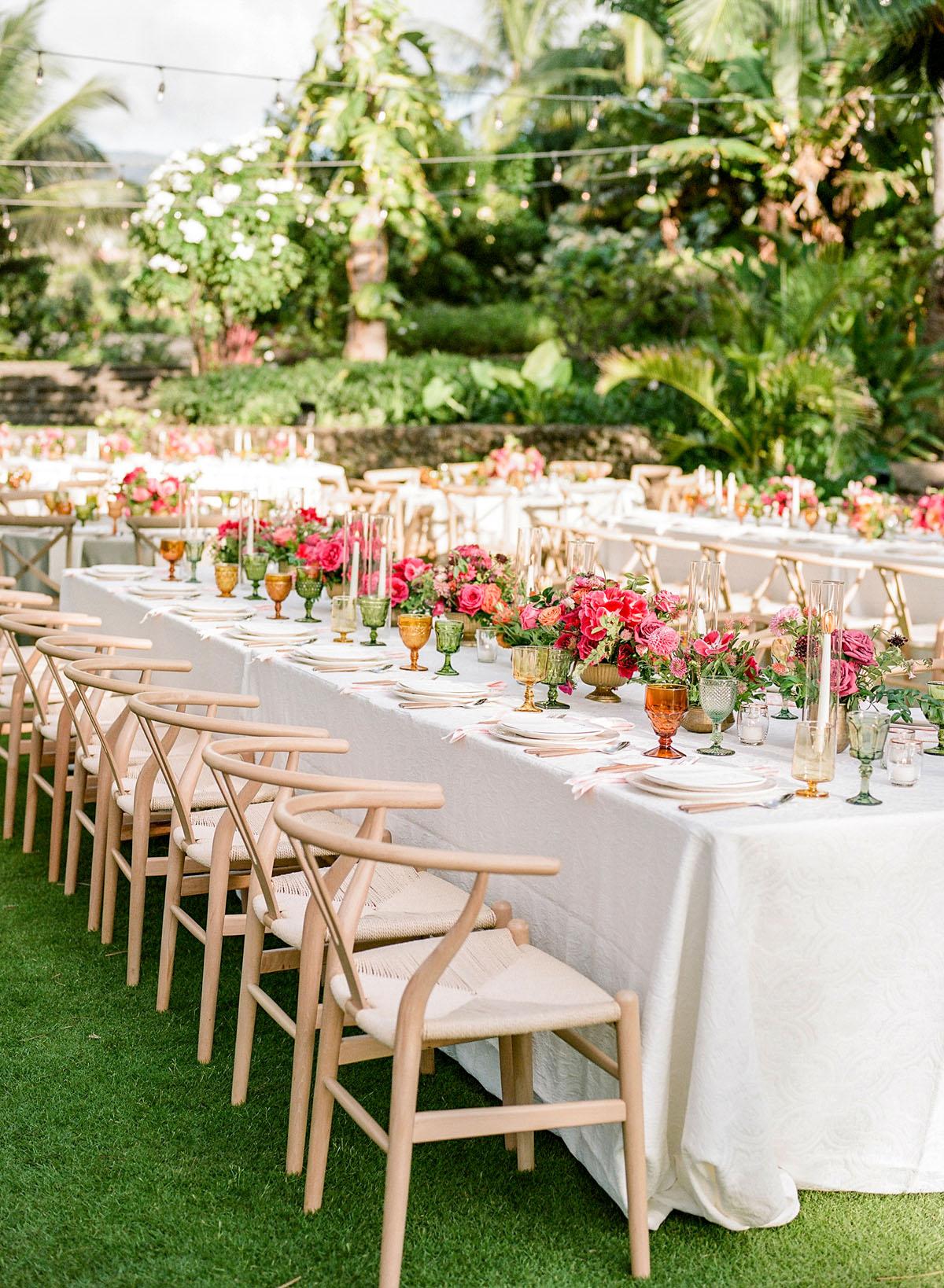 41-tropical-wedding-decor.jpg