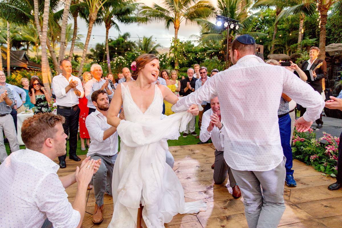 52-bride-groom-hora-hawaii.jpg