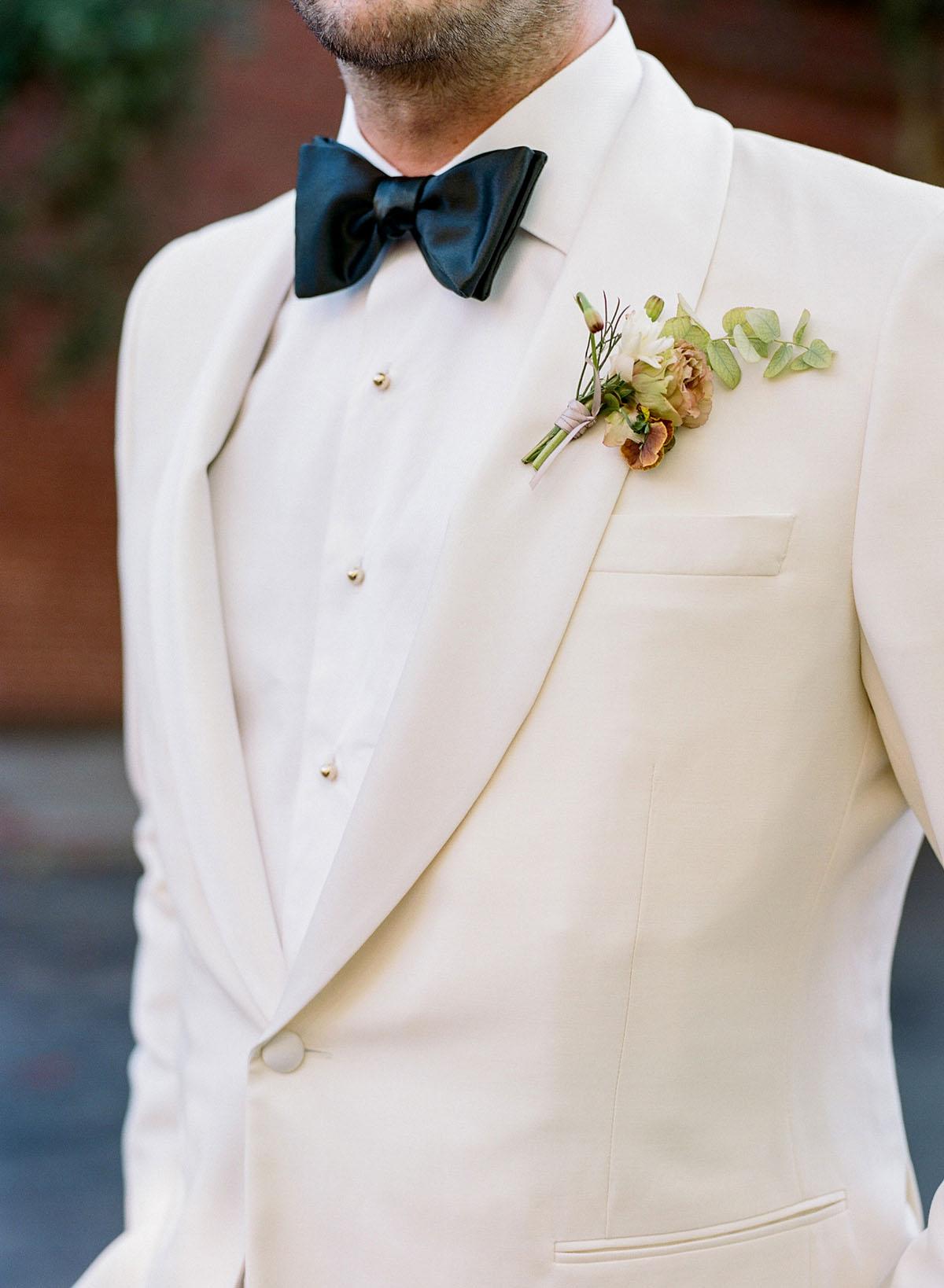 21-groom-white-tuxedo-san-francisco.jpg