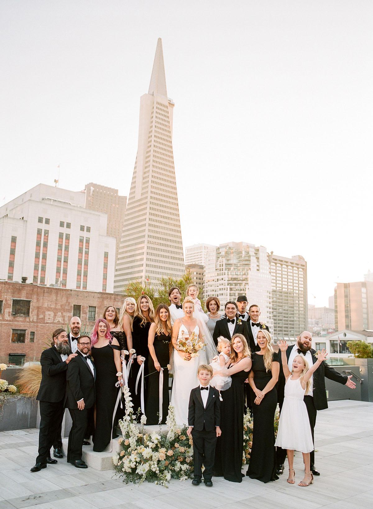 39-bridal-party-transamerica-building.jpg