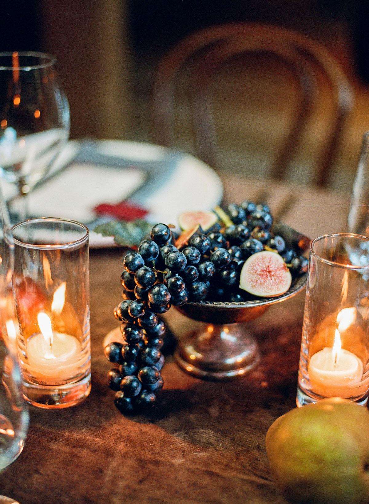51-grapes-goblet-table-wedding.jpg