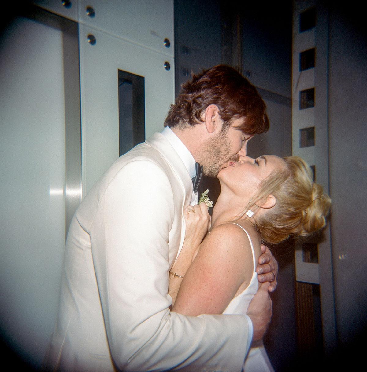 53-holga-snapshot-wedding.jpg