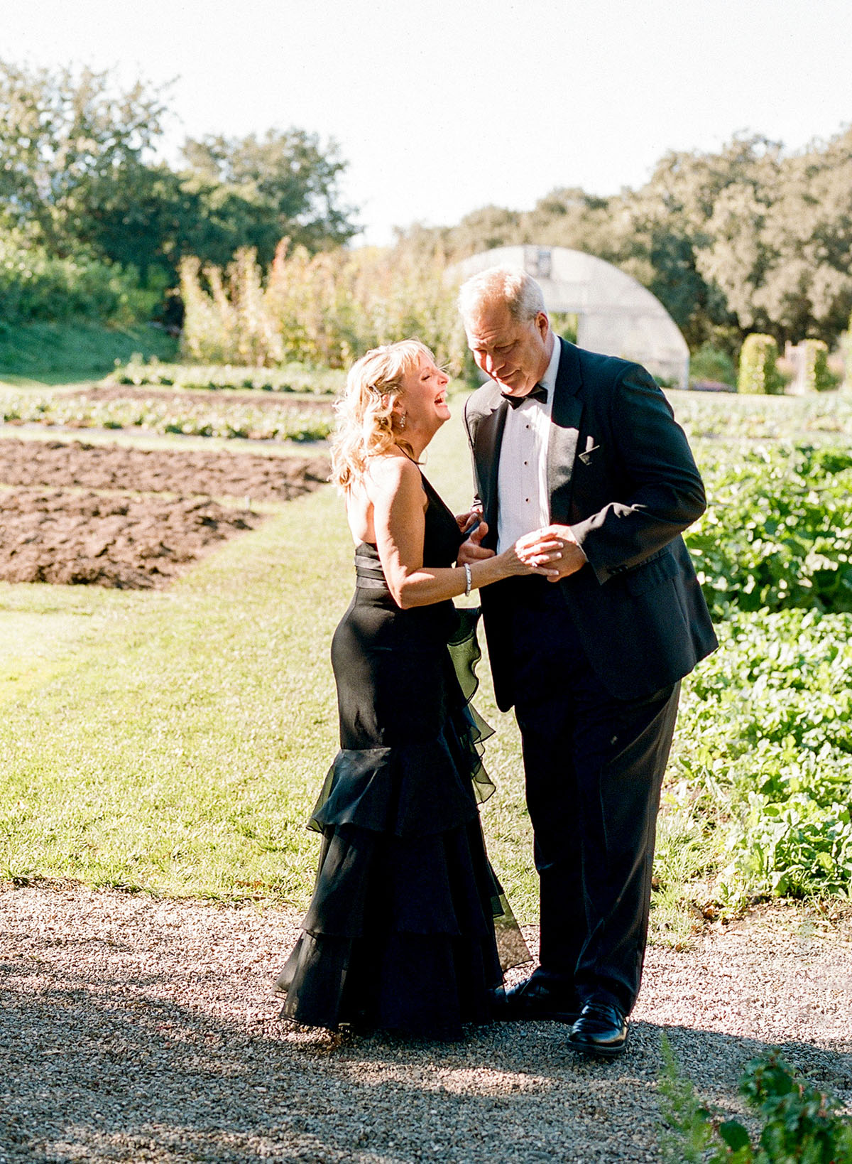 15-parents-laughing-wedding.jpg