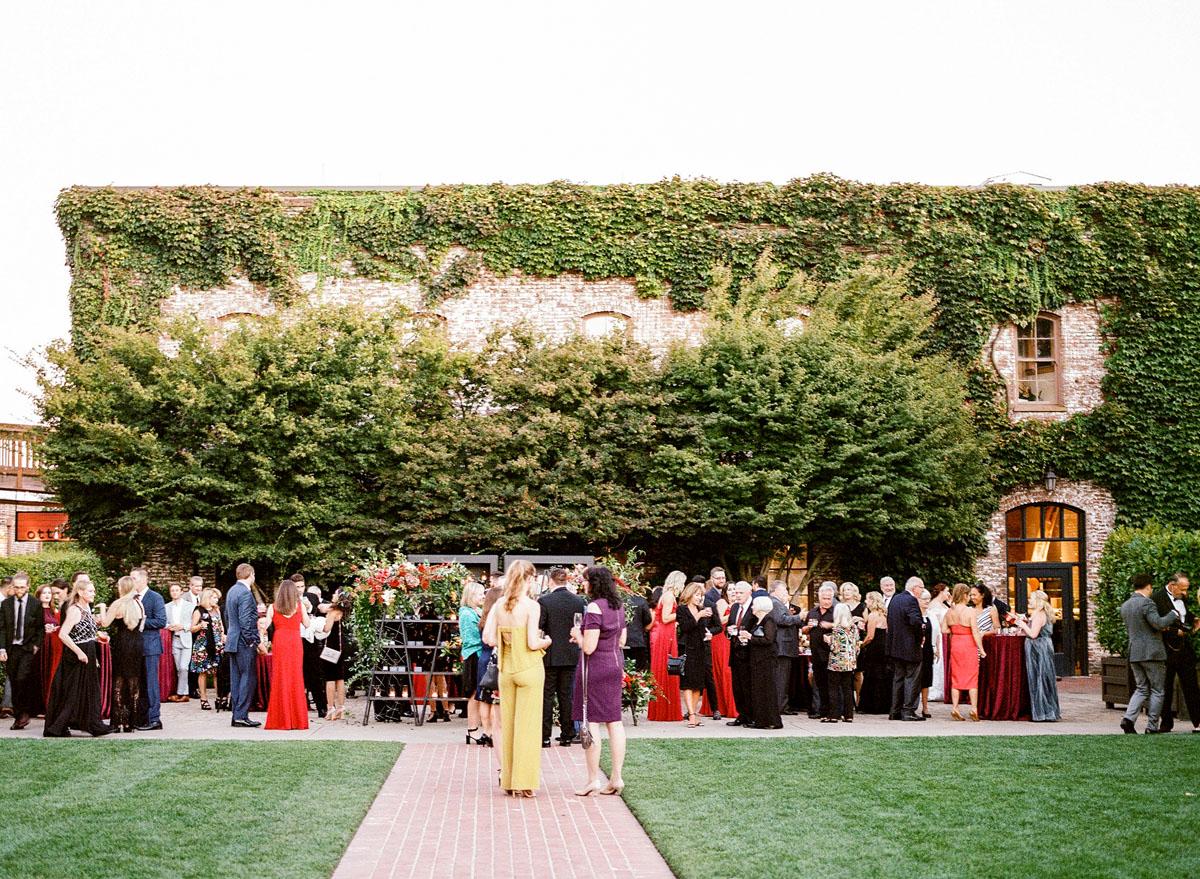 37-vintage-estate-wedding-yountville.jpg