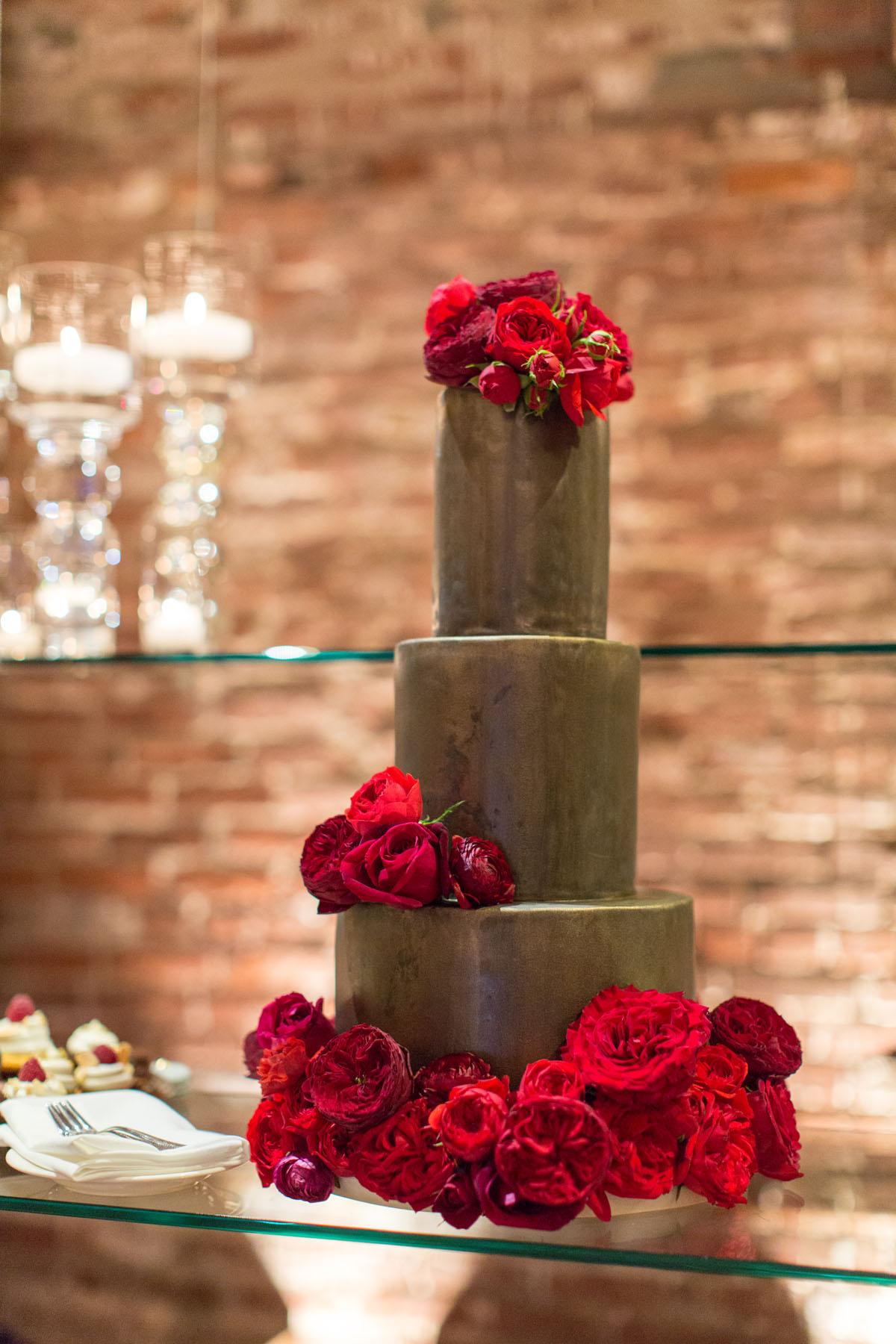 58-gray-wedding-cake.jpg