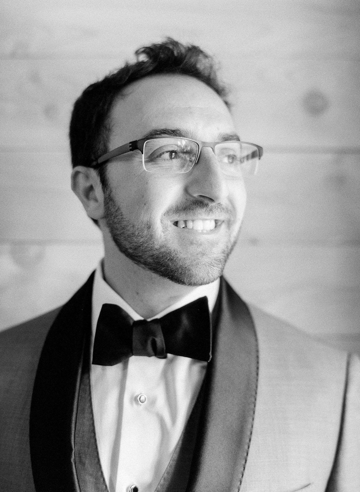 6-groom-portrait-contax.jpg