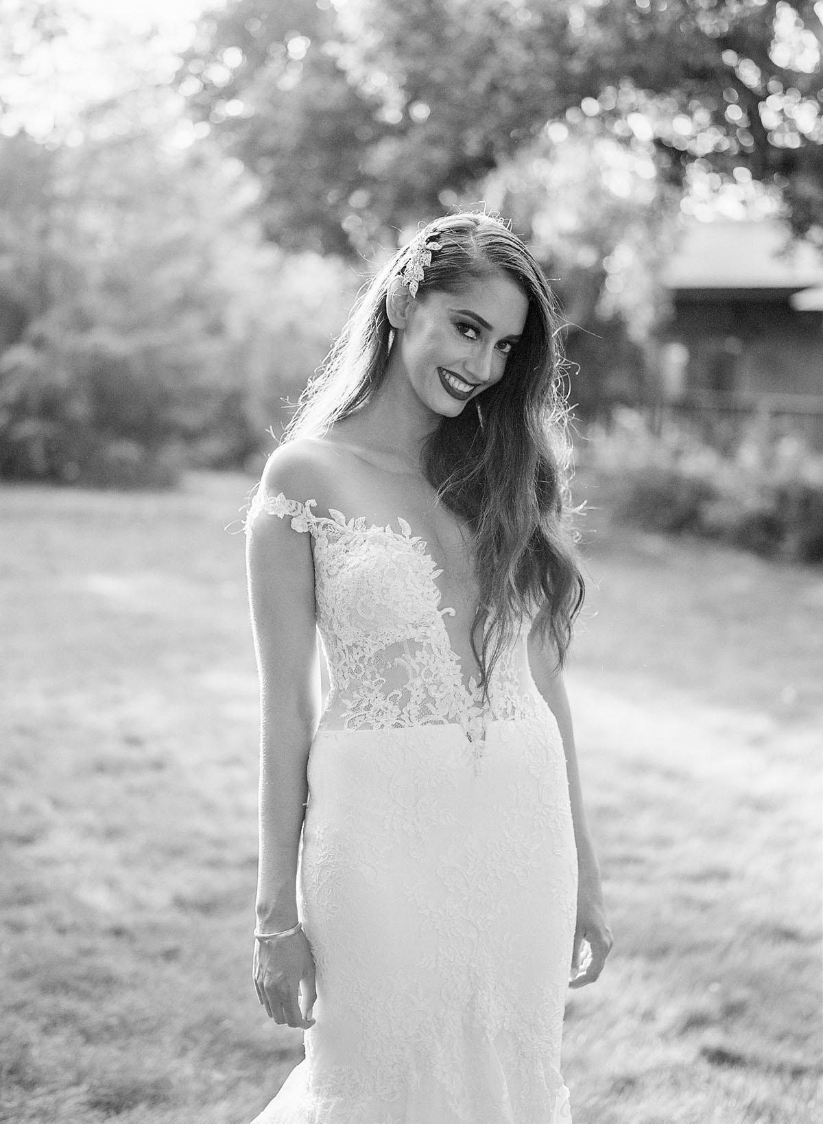 28-bride-ines-di-santo.jpg
