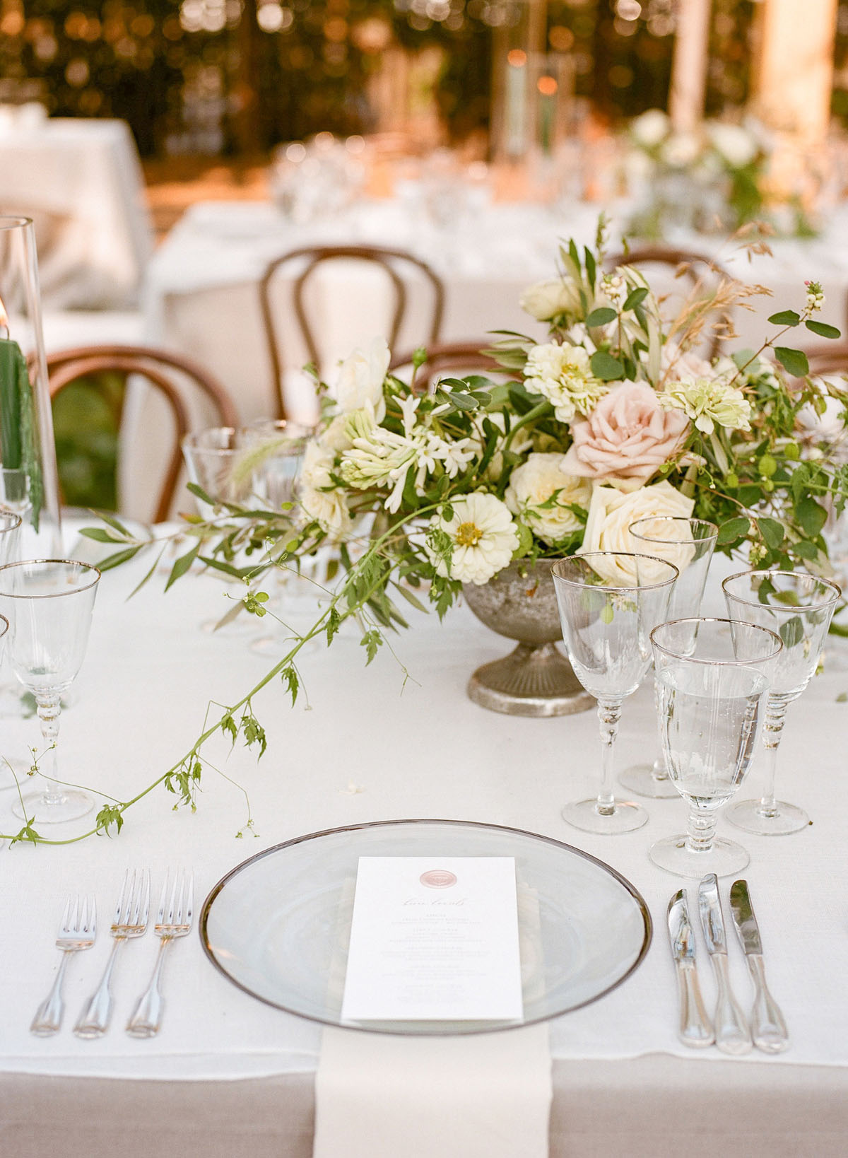 39-elegant-simple-alison-events-design.jpg