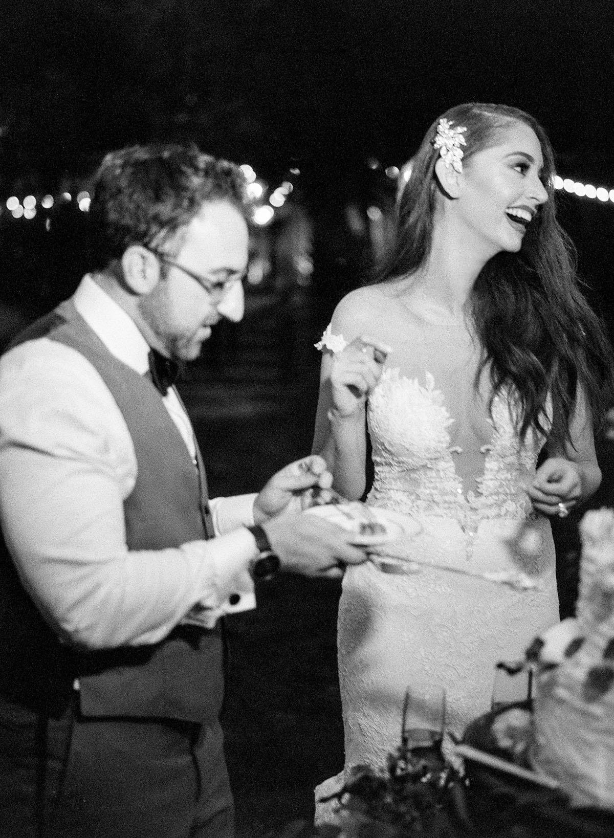 65-glam-bride-cake-cutting.jpg