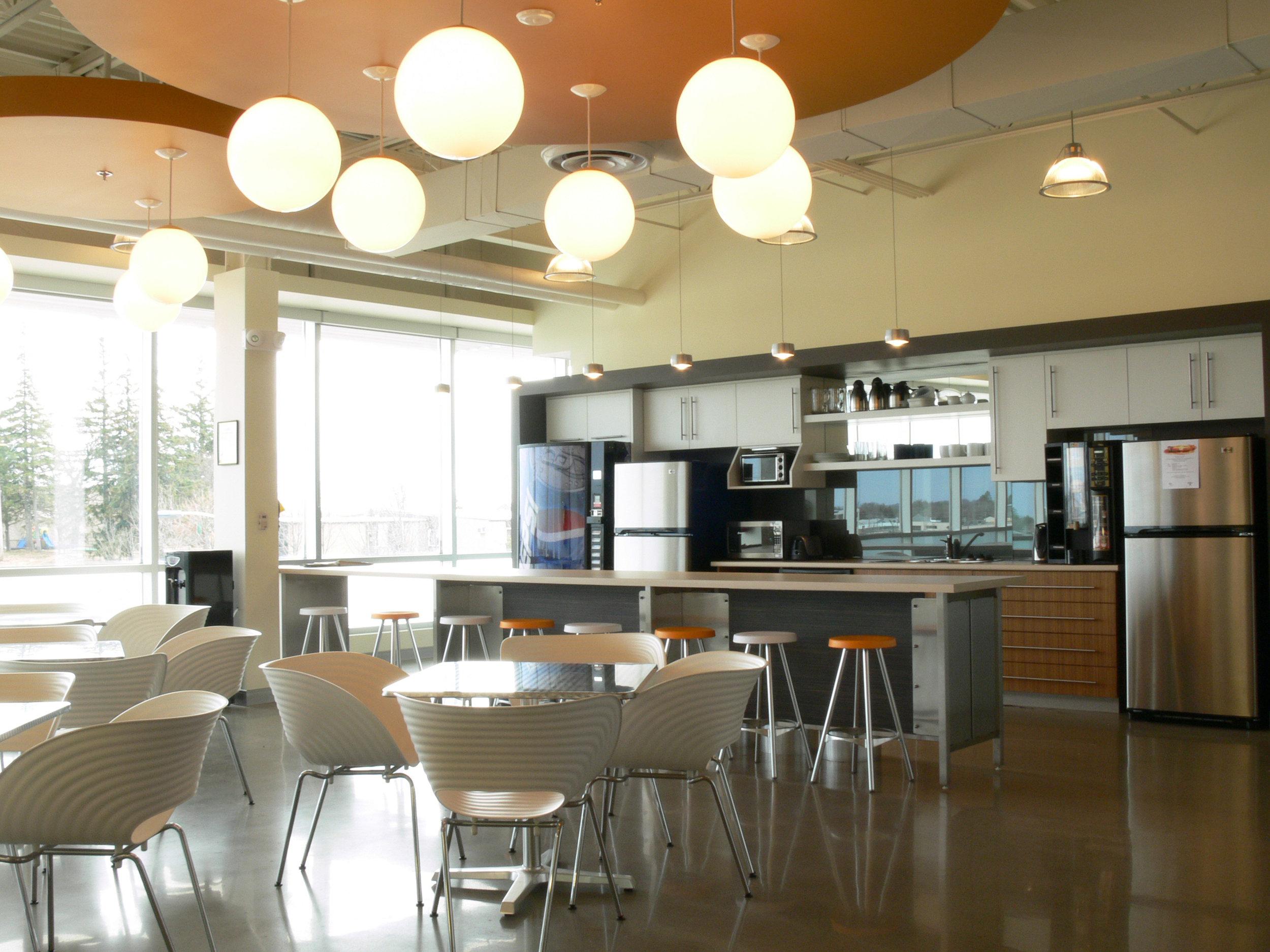 Cafeteria 4.jpg
