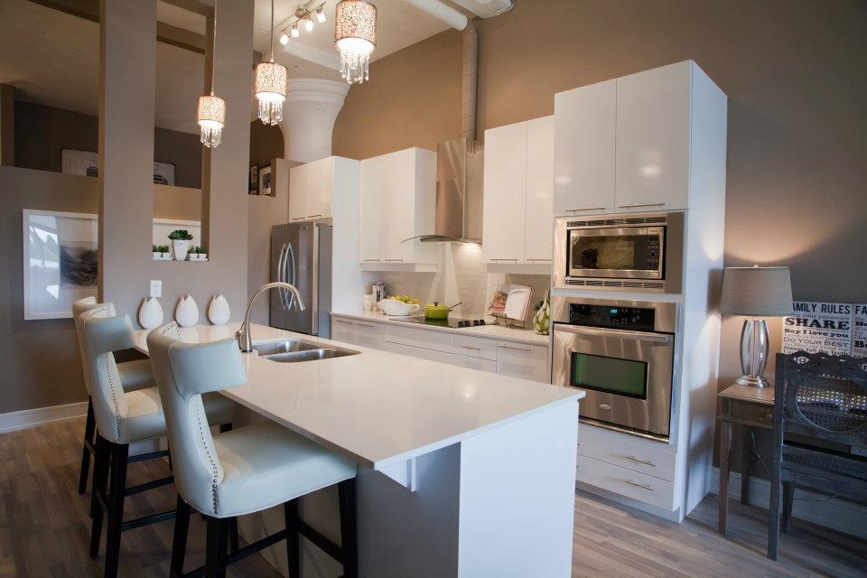 Suite Kitchen4.jpg