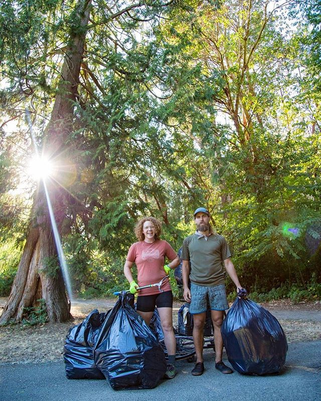 That's a wrap, Seattle! Yesterday, we packed 242 pounds of trash out of Ravenna Park with @seattletrailsalliance to finish out our city tour. . 1 steel trailer. 2 steel bikes. 4 tired legs. 9 total tires. 11 @rei presentations and cleanups. 18 beautiful states. 2100 pounds of trash removed. 4500 miles cycled. Too many laughs and flat tubes to count... . It has truly been a one of a kind, wild ride. If you want to see America, if you want to meet people, if you want to fall in love with your country again.... go on a long bike ride. I have received more kindness on this trip than I thought possible. . A huge thankyou to all the people and companies who supported this vision and helped make it happen! @rei @thegearjunkie @granitegear @sierradesigns @astralfootwear @zealoptics @purely_elizabeth @kleankanteen @lunasandals @darntoughvermont @standardprocess @wildconfluence . We'll be heading on out to the coast and will be taking a break from Packing It Out for a little while. We'll still be out trying to #leaveitbetter in our scenic places, and we think you should too. 📸: @colin_arisman