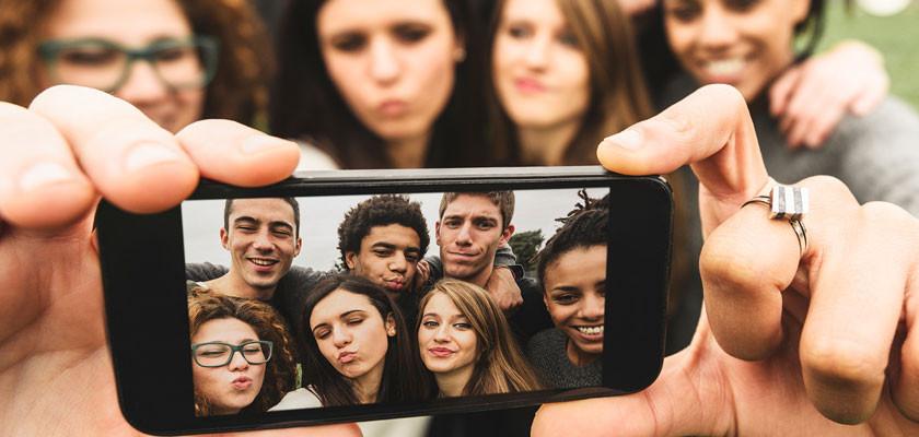 jovenes(1).jpg