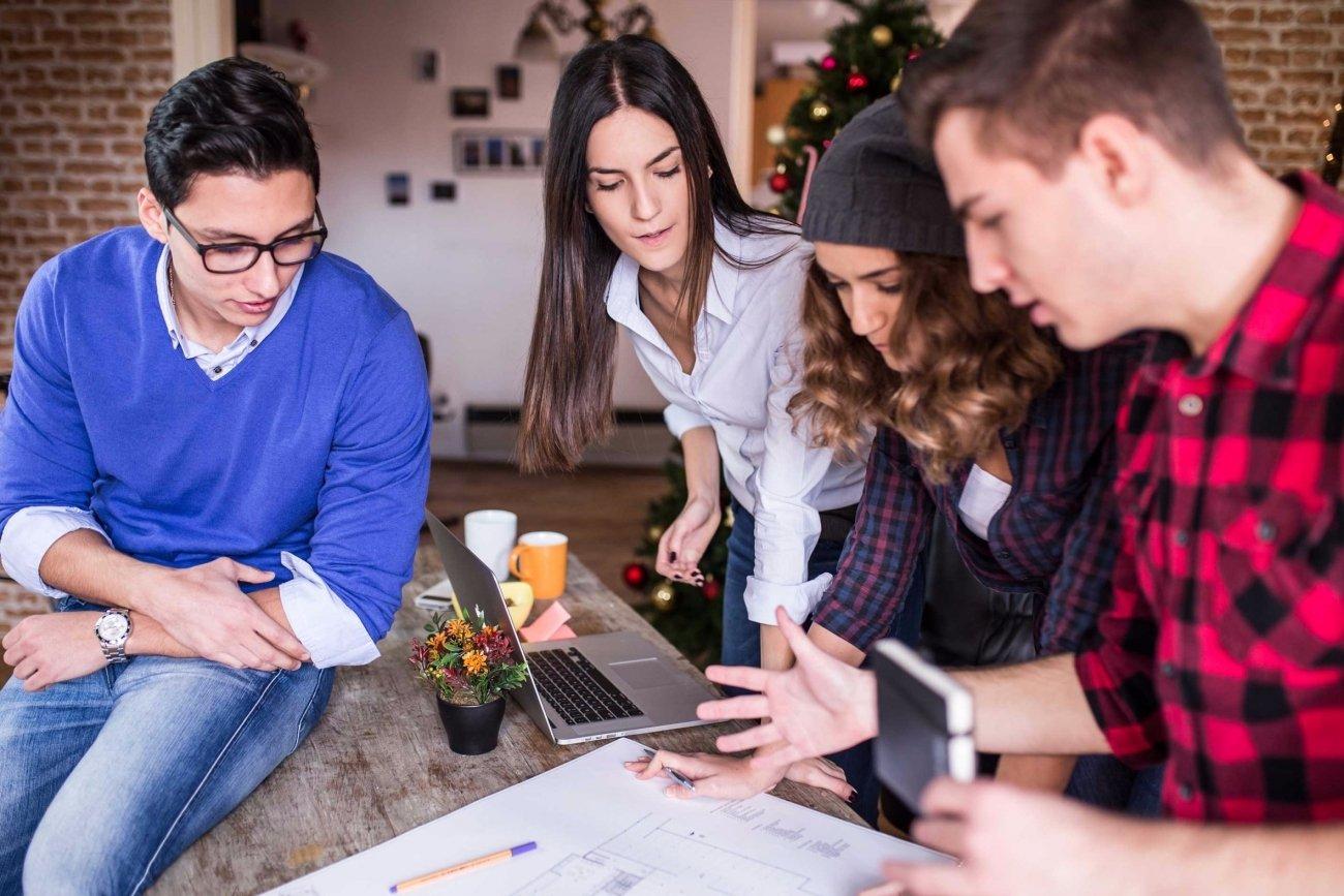 20160307200931-millennials-business-people-group-brainstorming-working-office.jpg