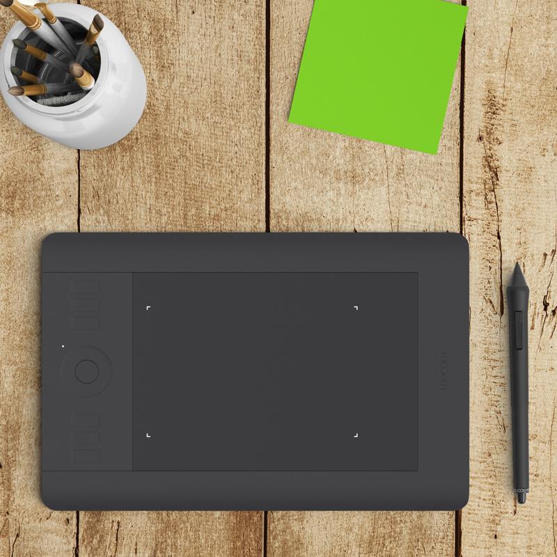 Graphic-Design-Mock-Up.jpg