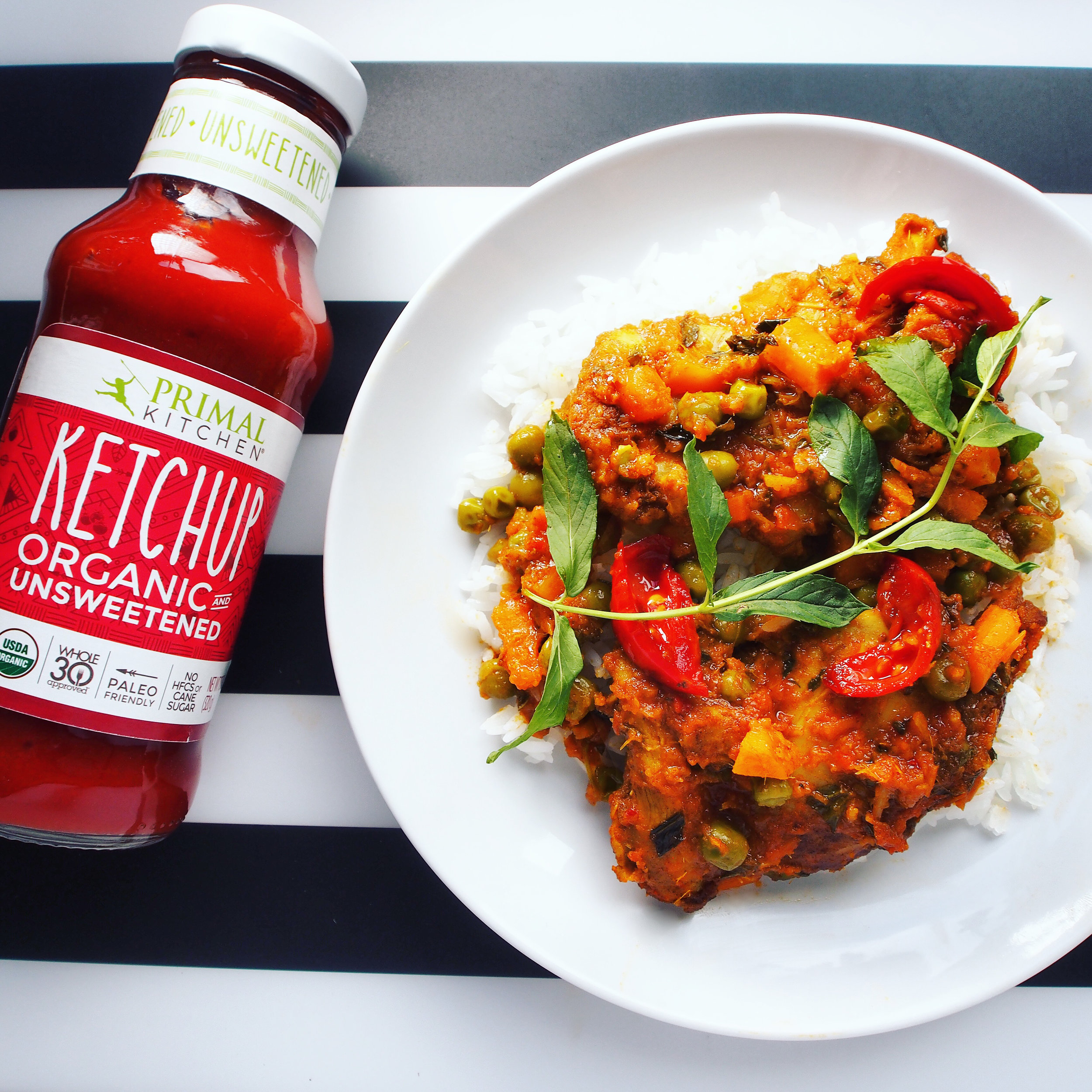 This Thai stir-fry is made with Primal Kitchen Foods' Organic Ketchup. It has Whole30-Approved ingredients and is Paleo-Friendly! Ketchup is not only a condiment, but great for use in Asian stir-fry recipes!