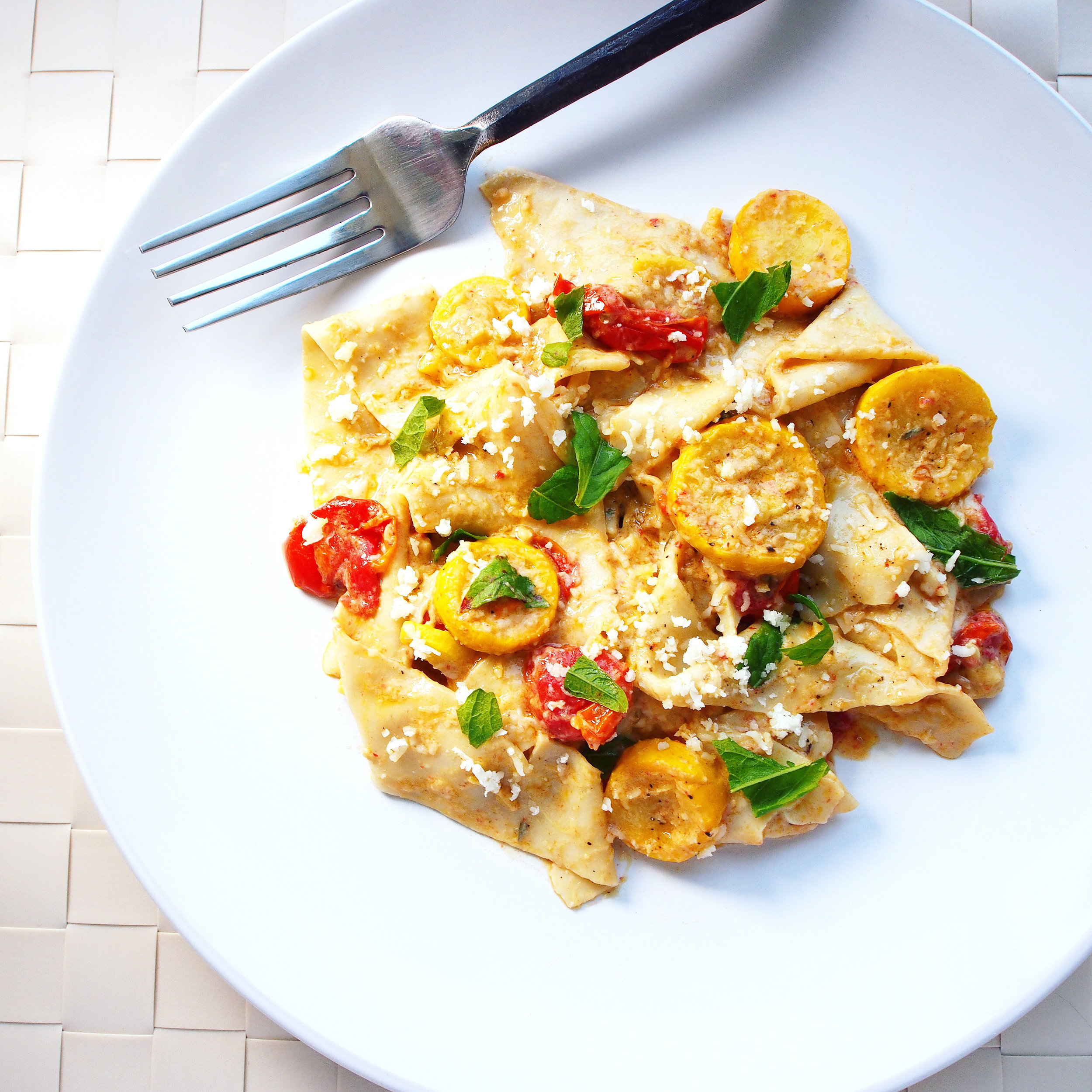 This summer squash pasta is actually a great pasta for any season. This vegetarian pasta has squash, tomatoes, basil and/or epaote, pecorino cheese, and thyme. It's a quick and easy pasta perfect for a summer dinner or with winter ingredients, even a Christmas pasta!