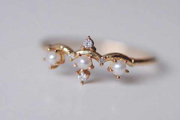 Affordable engagement rings