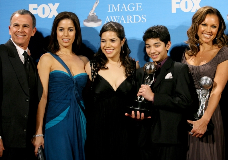 Ana with her  Ugly Betty  cast. Photo by M. Tran/FilmMagic / Getty Images