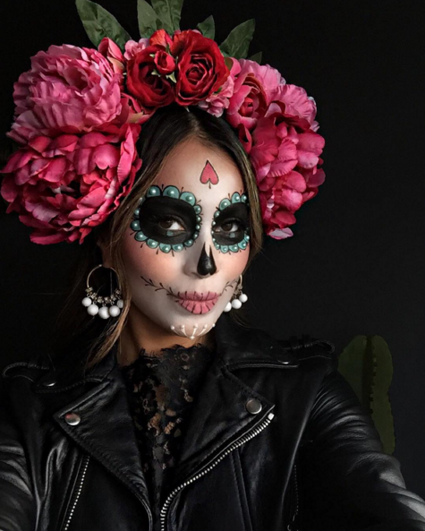 1. Día de los Muertos - Beauty & style blogger Julie Sariñana's take on Day of the Dead leaves us awe-struck.