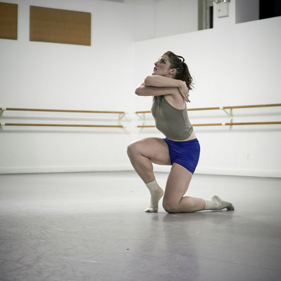 Amy Saunder in Caili Quan's 'Not So Cirrus'