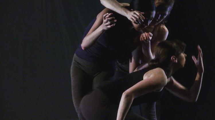 Tiffany Mangulabnan, Jordan Miller, Amy Saunder in '(Listening) Through Walls'