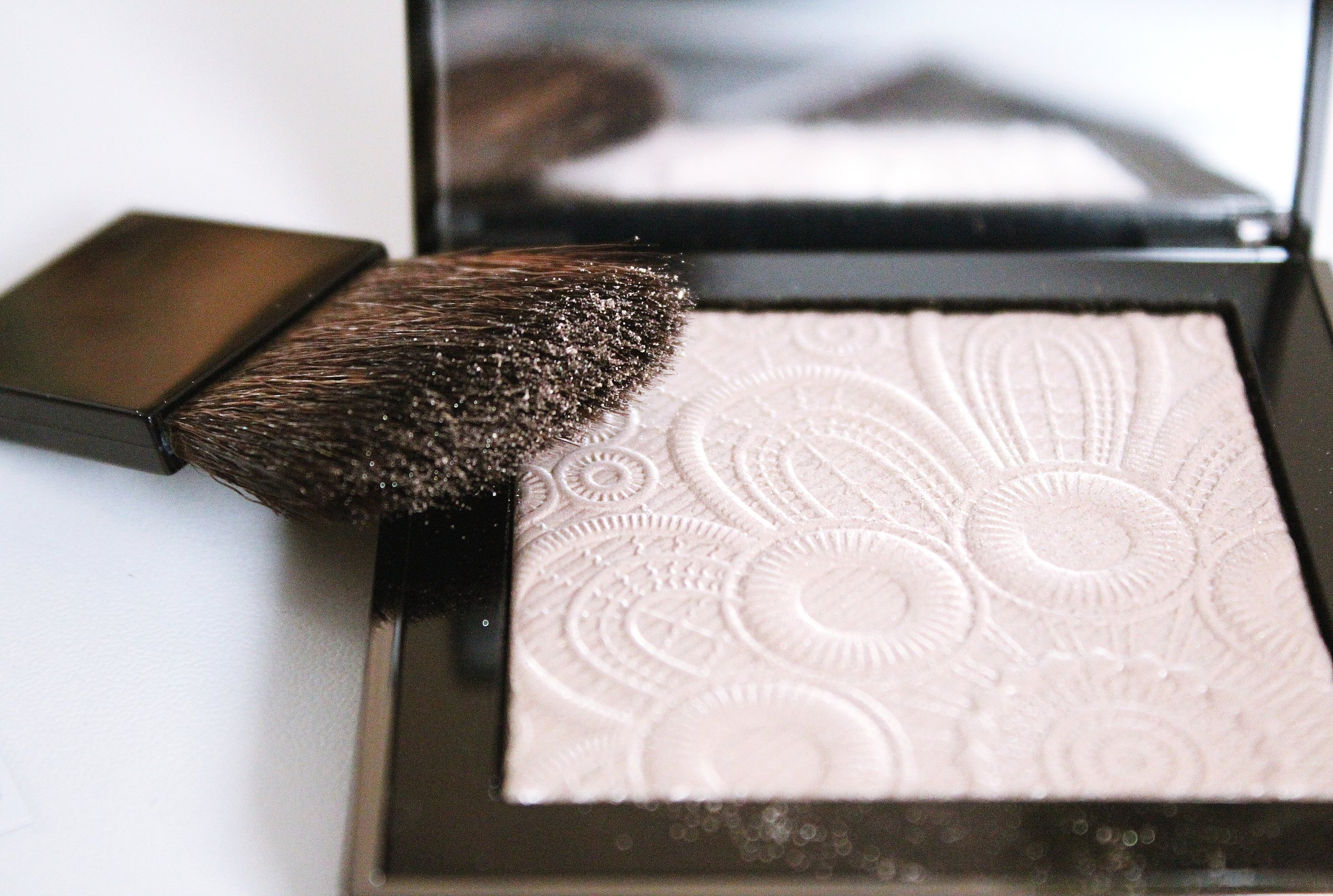 Top Makeup Loves of 2016 Burberry Highlighter