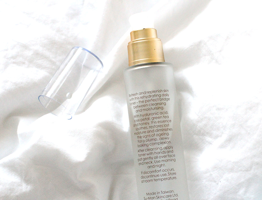 A Beautifully Simple Skin Ritual With Su-Man Skincare - Rehydrating Toner Essence