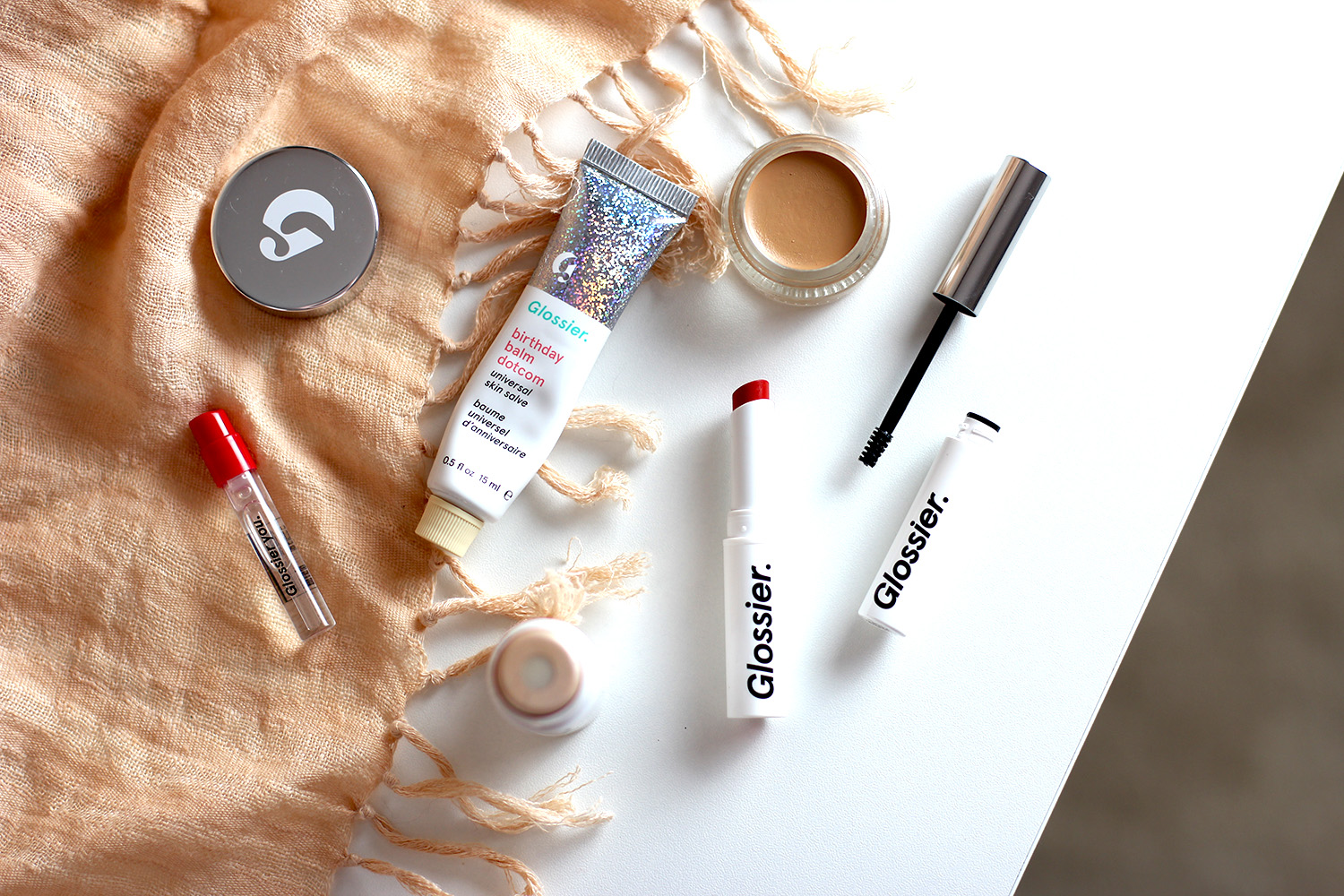 glossier makeup blog review