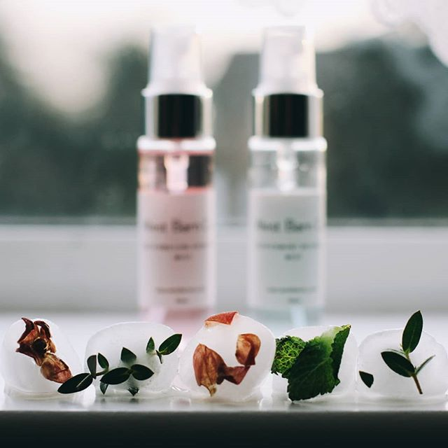 Spring is finally thawing out here in London. I'm looking forward to enjoying evening strolls in the late afternoon sun, lighter colour palettes and the flurries of pink petals dressing the pavements. And of course, my skincare routine gets a switch up. I've been loving these mini face mists gifted from @westbarnco (swipe left to focus). The Peppermint and Watermelon are my current favourites and travel with me on long days out across London for a skincare refresh and a moment of calm. Keep a lookout as I'll be sharing my thoughts on the blog soon on this beautiful vegan, handmade skin brand.  What's one of your favourite things about Spring?