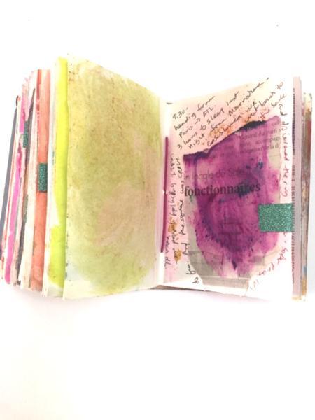 Travel_journal_pink_yellow_grande.JPG